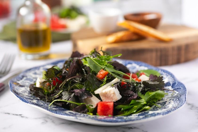 Σαλάτα Πιπεράτη με καρπούζι και φέτα