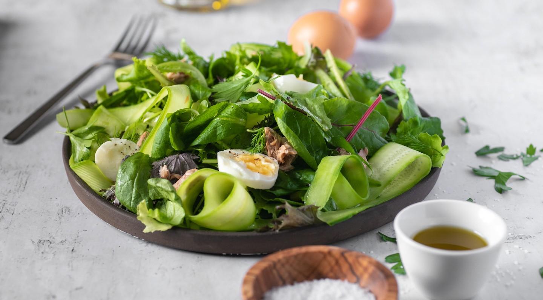 Σαλάτα Super Mix με τόνο και αβγά